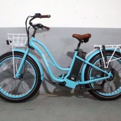 Fat bike électrique Wello bikes beach cruiser mixte femme bleu ciel /blanc